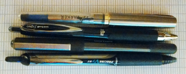 Some other pens for comparison. A Frontier rollerball demonstrator, a uni-ball Signo, the Vision, and a Pilot Precise, from top to bottom. We can see the understated good looks here.